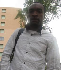 Ali Mmadi, directeur de publication de Karibu Magazine
